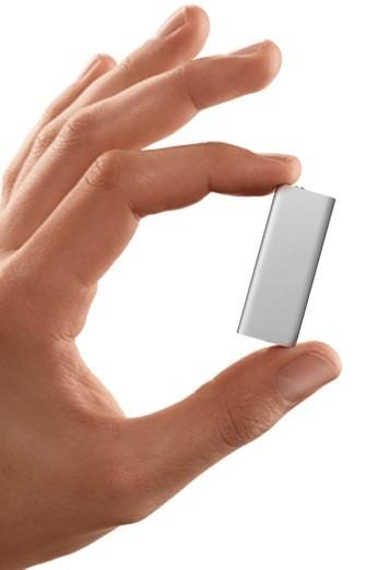 Apple's redesigned iPod shuffle hits 4GB, talks to you (updated with video!)