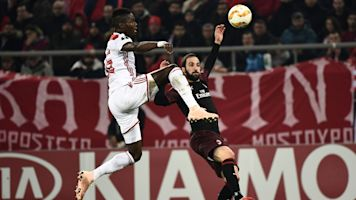 Olympiacos-Milan 3-1: Fortounis di rigore, il Diavolo saluta l'Europa