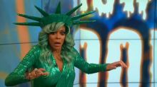 Wendy Williams passes out on live TV