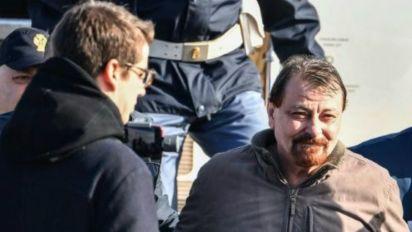 Cesare Battisti assume 4 assassinatos na Itália