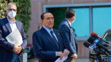 Il leader di Forza Italia è nuovamente ricoverato in ospedale