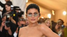 Kylie Jenner worth $900 million, on track to be the 'youngest self-made billionaire ever'