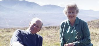 Funeral to praise Philip's 'courage,' support for queen