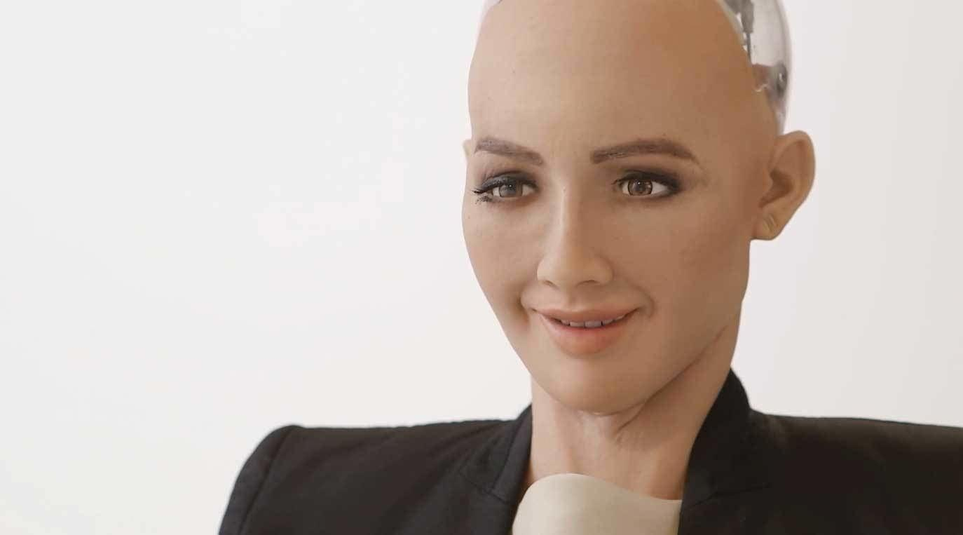 Sophia the lifelike robot is now a citizen – does she ...