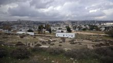 Israel OKs hundreds of settlement homes in last-minute push
