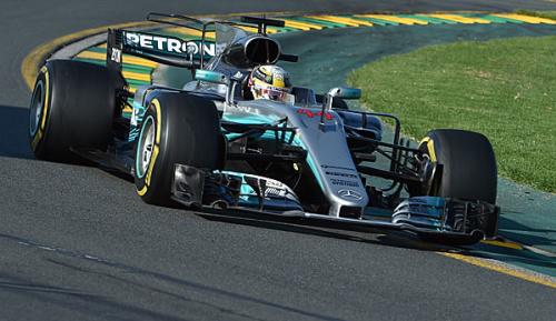 """Formel 1: Hamilton: """"Dieses Jahr kämpfen die Besten um den Titel"""""""