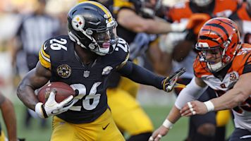 Steelers 'disappointed' as Bell holds his ground