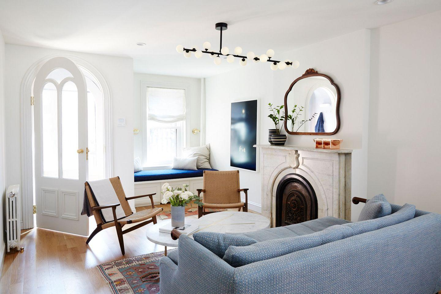 Here S How To Decorate A Family Room Everyone Will Actually