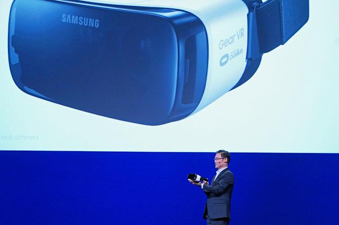 Samsung's new and improved $99 Gear VR ships this November