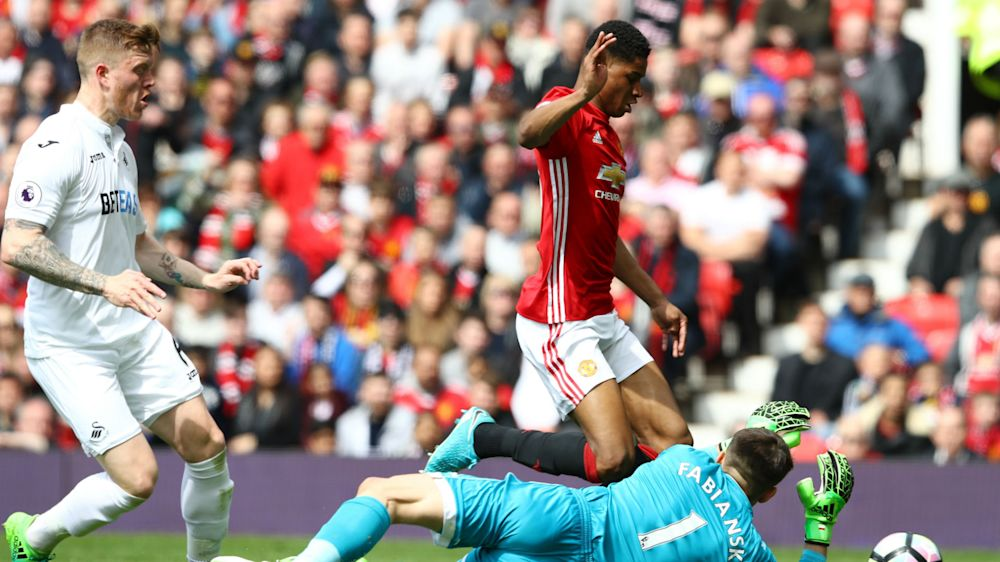Rashford insists he didn't dive as Mourinho backs teenage Man Utd striker