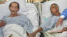 Dramatic hospital reunion of frail Second World War veterans moves China