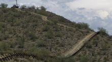 Virus fear prompts Mexican town to block road from US border
