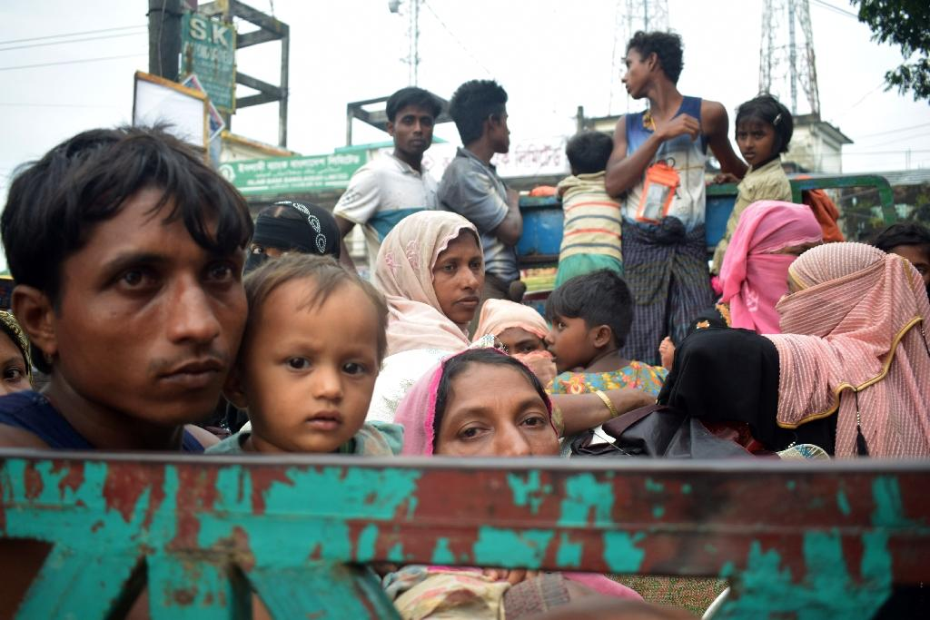 social problems of bangladesh Social issues in bangladesh social problems of bangladesh introduction social problem is an unexpected situation which hinders to lead normal life in a society social problem is a multidimensional problem social problem are created by various reasons.
