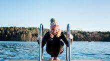 Nager dans l'eau froide permettrait de lutter contre la démence