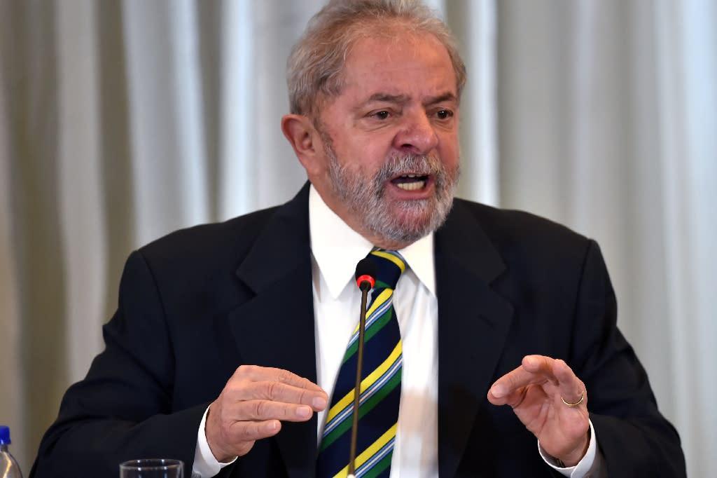 Brazilian former president Luiz Inacio Lula da Silva speaks during a press conference in Sao Paulo, Brazil on March 28, 2016