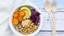¿Se puede ser vegano y comer fuera de casa?