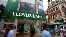 Lloyds investors rebel against bonus plan for top bosses