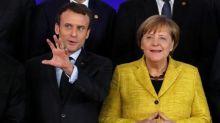 Merkel y Macron discuten propuestas para reforma de la zona euro