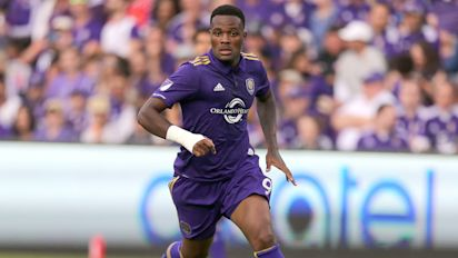 MLS Review: Larin brace sinks NYCFC, Dempsey stars for Sounders