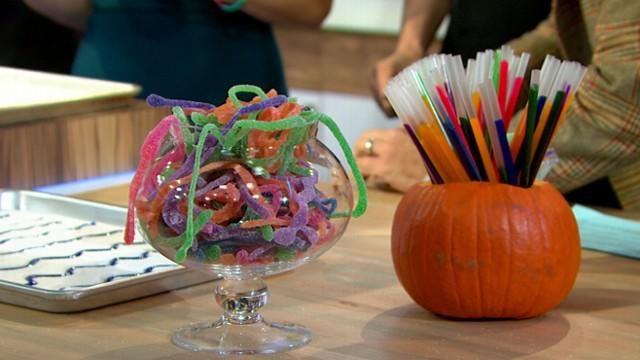 Halloween Recipes: Homemade Gummy Worms