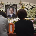 Seoul mayor's death prompts sympathy, questions of his acts