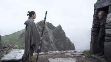 Lados opostos da Força se preparam para combate em novo trailer de 'Star Wars: Os Últimos Jedi'. Assista