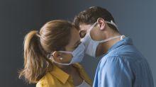 Como a pandemia transformou o sexo em uma via de mão única