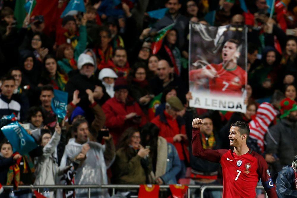 Cristiano Ronaldo a porté le Portugal contre la Hongrie.