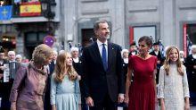 Protestas contra el Rey Felipe VI y de apoyo a los independentistas a las afueras de los Premios Princesa de Asturias