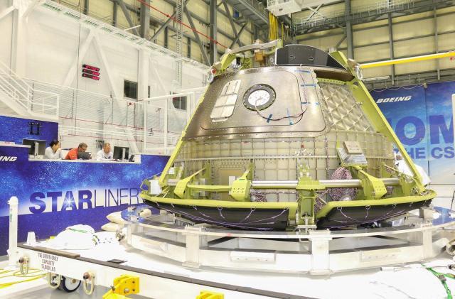 Boeing delays first crewed spacecraft test to mid-2019