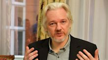 More than 160 world leaders and diplomats call for UK to release Julian Assange