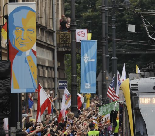 The Latest: Polish officials say 500,000 see pope at rally