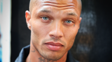 Hot Mugshot Guy Jeremy Meeks Is In Some Seriously Hot Water With His Wife