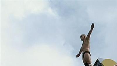 Cliff Divers Jump Off Boston Art Museum Roof