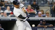 Aaron Hicks (flexor strain) becomes latest Yankee to hit injured list