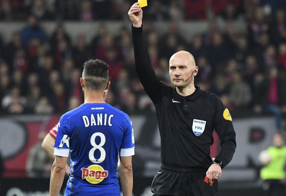 Ligue 1: Danic et Philippoteaux suspendus à cause de paris sportifs