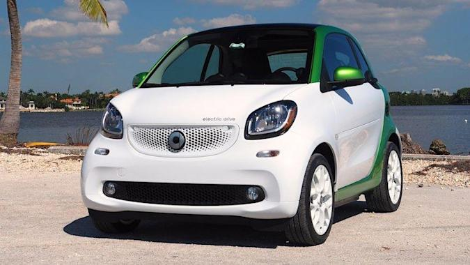 2017 Smart ForTwo ED is cheaper than its smaller, slower charging predecessor