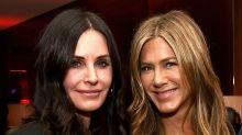Netflix reúne a Jennifer Aniston y Courteney Cox en la premiere de Dumplin'