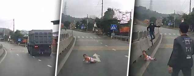 Driver slam brakes on to avoid baby crawling across highway