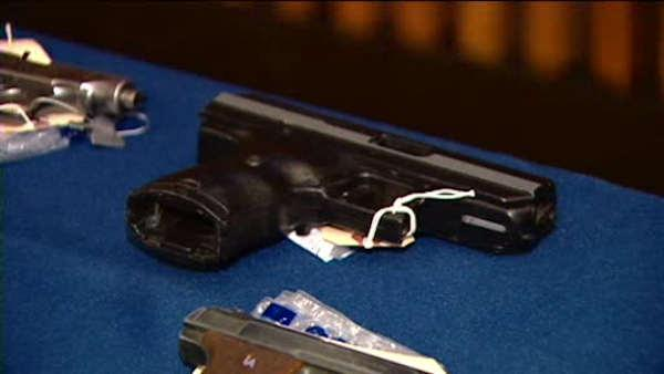 sClose vote expected on background checks for gun buyers