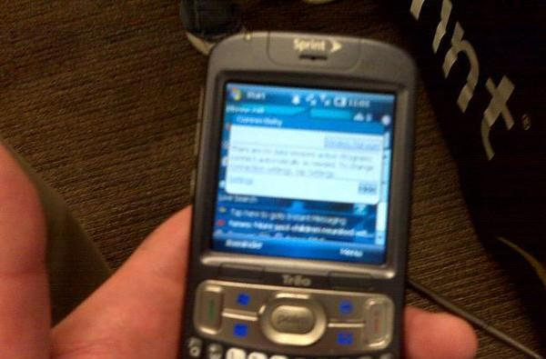 Palm Treo 800w spotted in new pics, price and release date rumored
