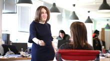 Emma, la perturbadora maniquí que muestra cómo podrían lucir los oficinistas en 20 años