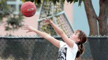 Photoshop-Battle deluxe: Jennifer Lawrence und der Basketball
