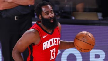 Rockets tie 3-point record, rally past Bucks