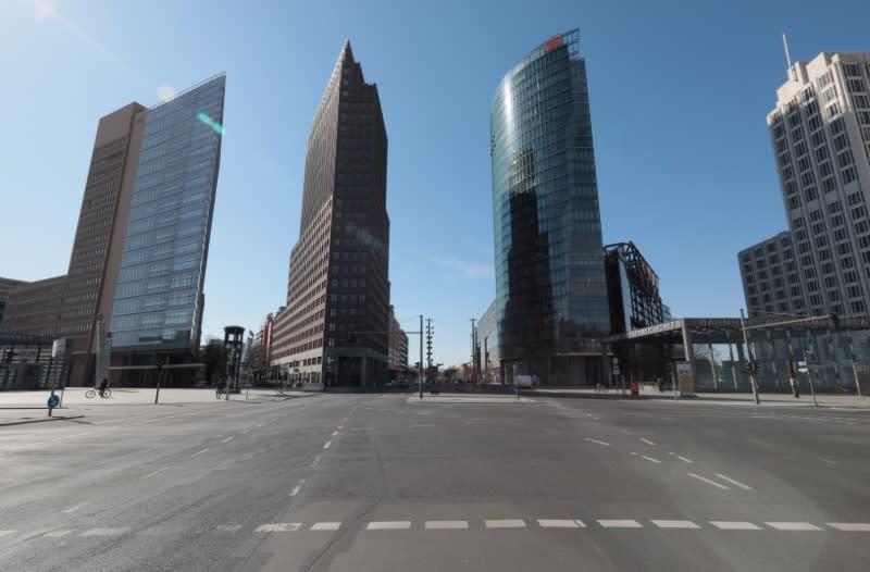 Resurging coronavirus biggest threat to euro zone economy - economists