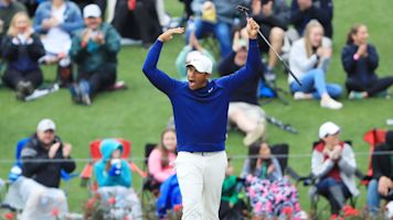 Vegas sets record with long putt on iconic 17th