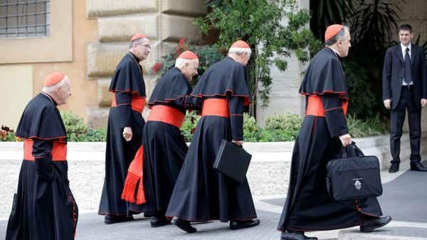 Vatican still waiting for 5 cardinals for conclave