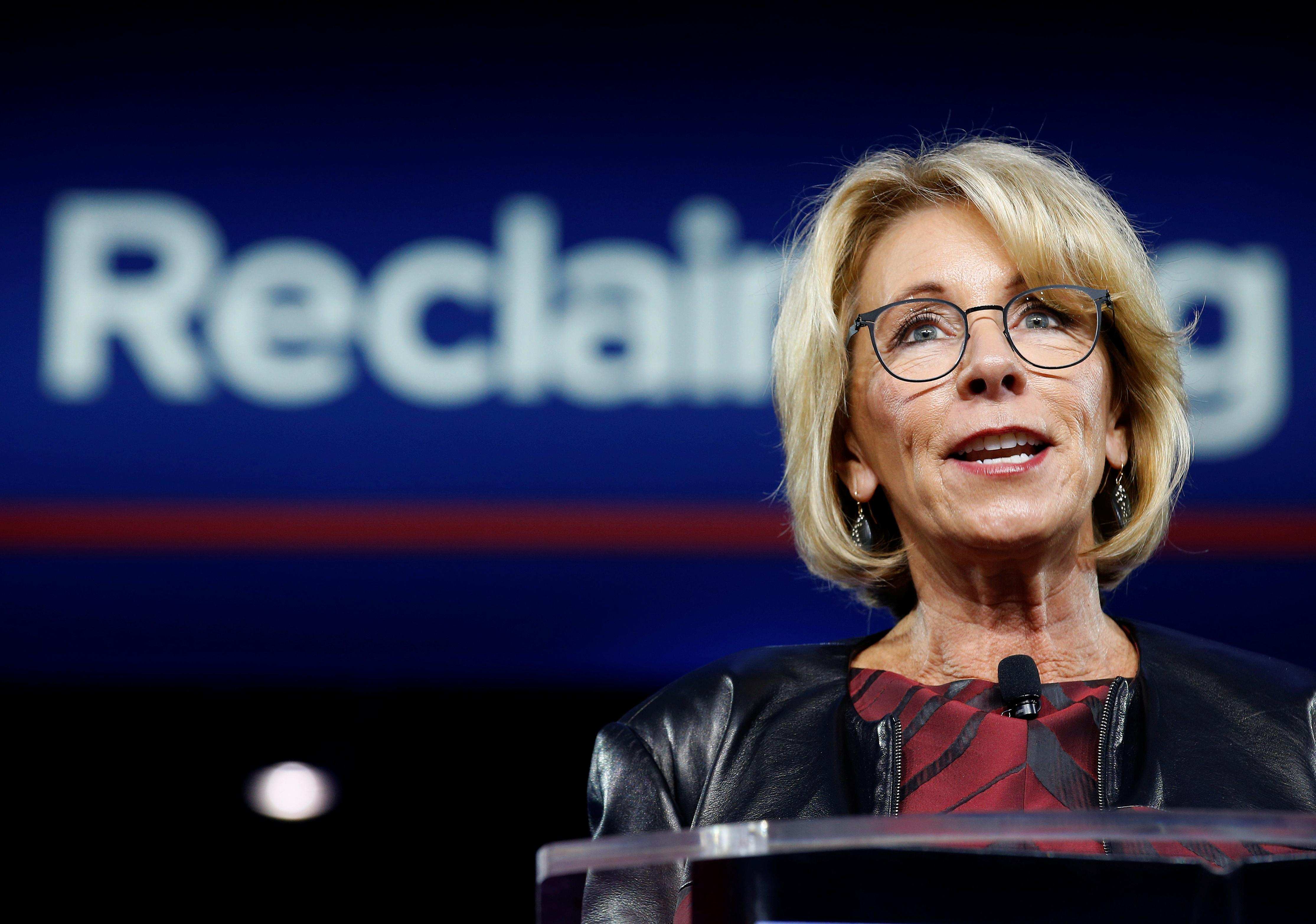 DeVos Questions If Schools Should Provide Free lunch