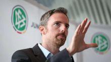 """DFB-Coach: Junge Spieler keine """"Aktien oder Wertgegenstände"""""""