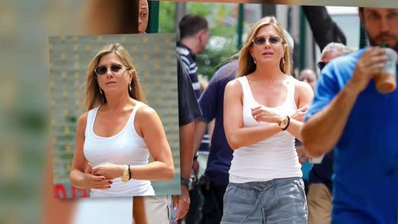 Make-Up Free Jennifer Aniston Has a Total Transformation on Film Set